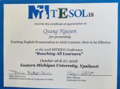 Ảnh: thầy Quang và cô Moon tham gia hội nghị lớn nhất Bang Michigan về giảng dạy tiếng Anh