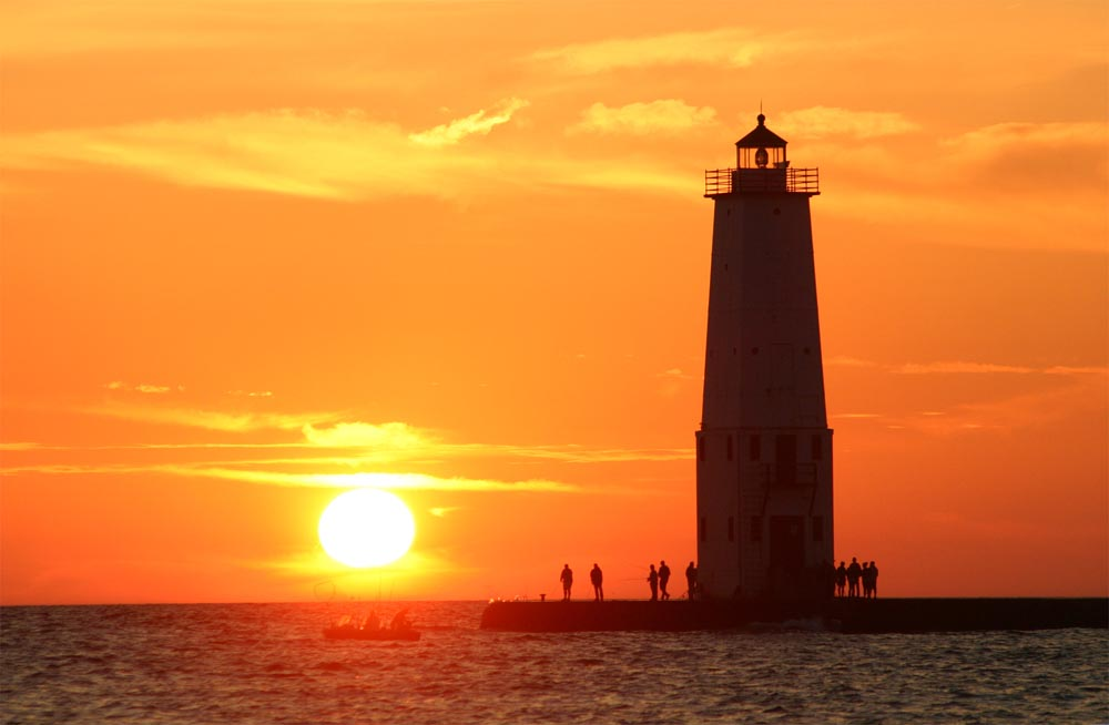 sunset-at-frankfort-pier-1000px