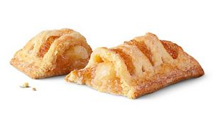 """Bánh """"apple pie"""" ở Mc Donald"""