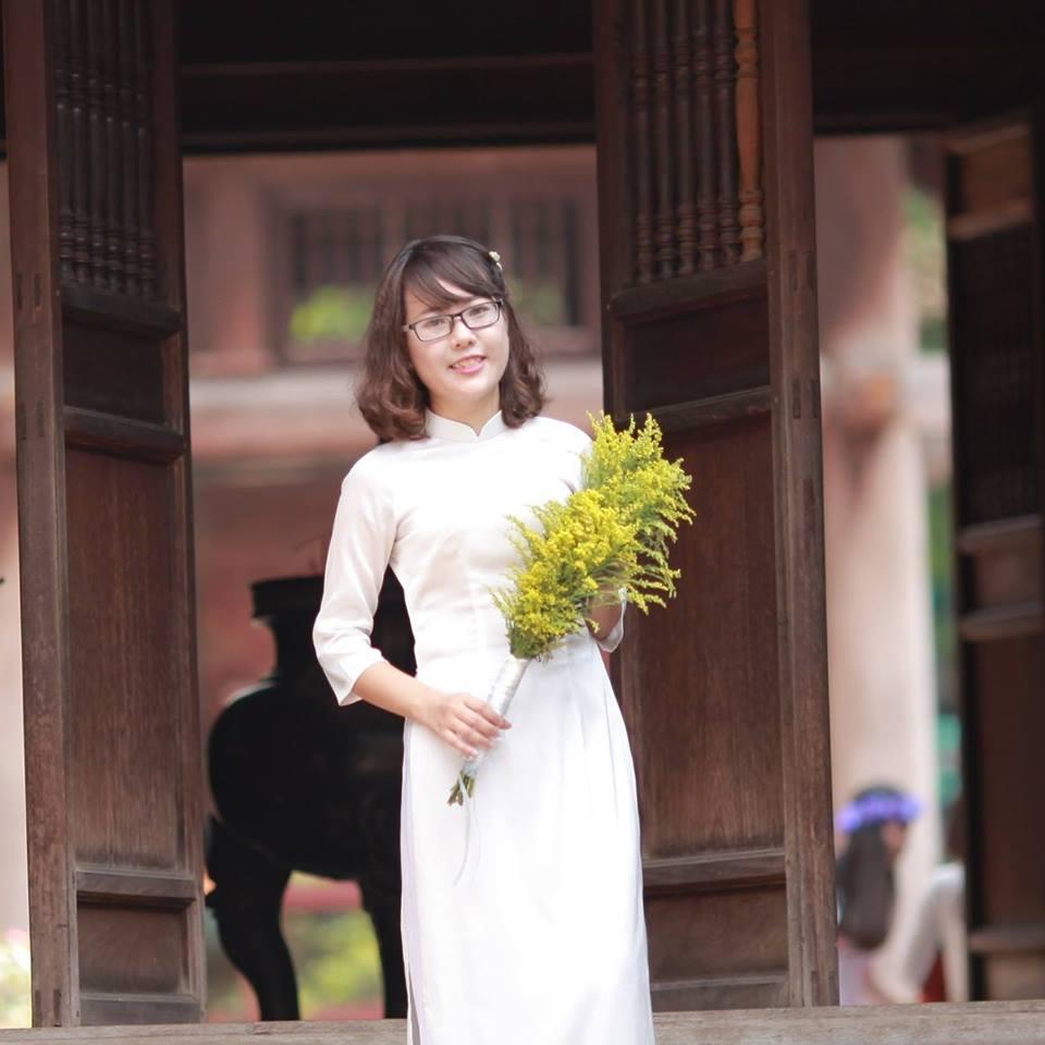 Chị Trang - lớp phát âm T12/2016,Thầy Quang